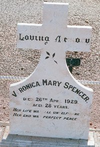 Meeka Spencer veronica-1.jpg (23227 bytes)